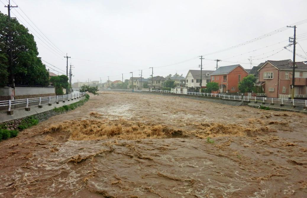 大雨、都市型水害~日頃の備え、とるべき行動~
